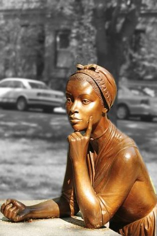 phillis wheatley sculpture